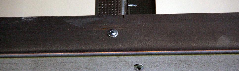 Pan-head or wafer head screws